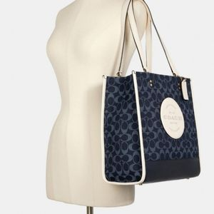 NWT COACH DEMPSEY JACQUARD WITH COACH PATCH TOTE